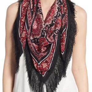 KATE SPADE MEDALLION PIANO SHAWL IN BLACK/RED